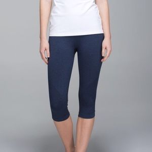 Lululemon In the Flow Crop 6 Heathered Navy